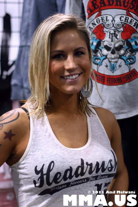 Headrush MMA Clothing Girl