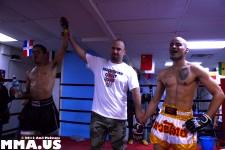 Desmond Nelson defeats Doug Ahammer - Muay Thai