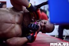 Jonathan Rodriguez Chokes Out Nico Agusto