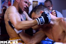 Mark Agnew vs. Doug Ahammer - Muay Thai