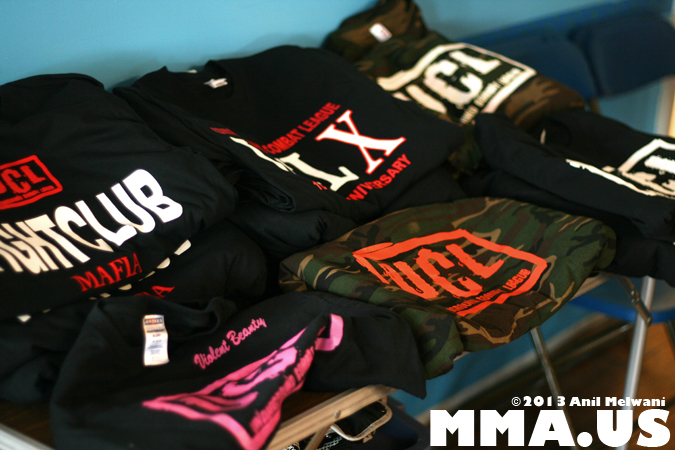 underground-combat-league-february-10-2013-03-t-shirt-table