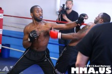 underground-combat-league-february-10-2013-25-mike-brown-vs-rashad-clarke.