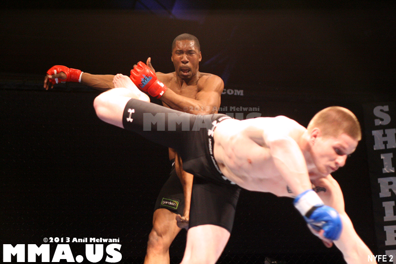 30 - Fight 6 - Nick Olson vs. Omowale Adewale