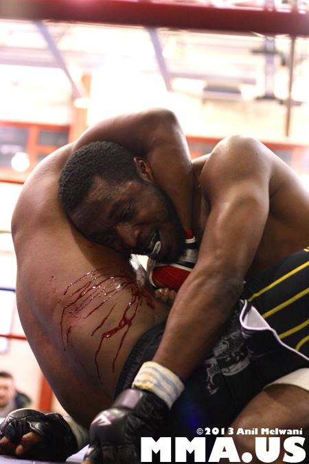 46 - Rashad Clarke vs. Mike Brown - Underground Combat League February 2014