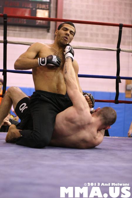 56 - Jonathan Velez vs. Brad Bateman - Underground Combat League February 2014