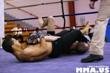Jonathan Velez vs. Brad Bateman