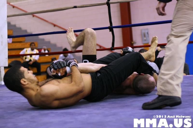 61 - Jonathan Velez vs. Brad Bateman - Underground Combat League February 2014