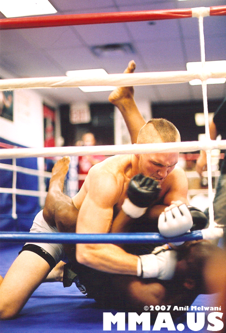 Ryan Laflare Smashes His Opponent In His MMA Debut - October, 2007