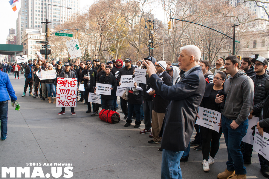 ufc-rally-to-legalize-mma-in-new-york-december-11-2015-2